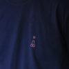 le t-shirt navy close up