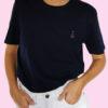 le t-shirt navy porté - femme