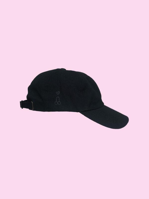 la casquette noire